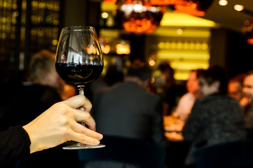 vino-calice-pe-labellers